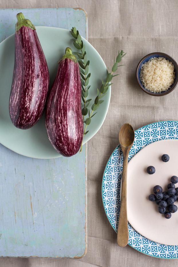 Aubergine confite, riz taureau ailé crème, aneth et myrtille - Besly -