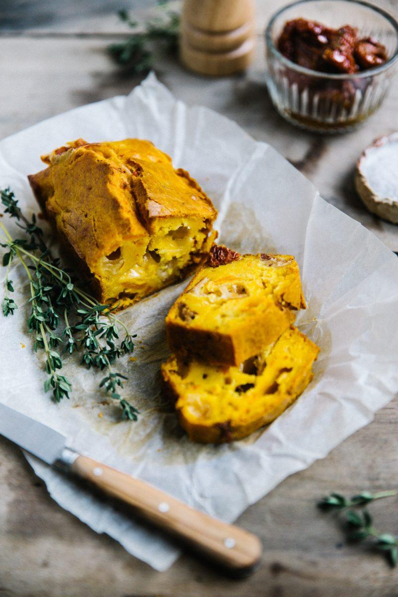 Recette Cake Potimarron, scarmozza, tomates séchées et thym Styliste culinaire Lyon Besly