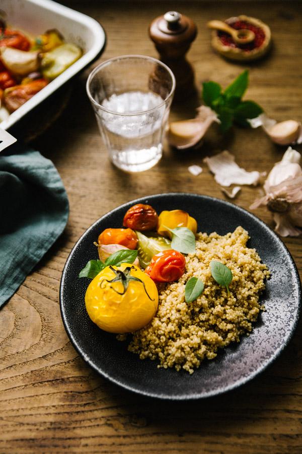 Tomates du potager rôties et quinoa Stylisme Et Photographie Culinaire - Besly
